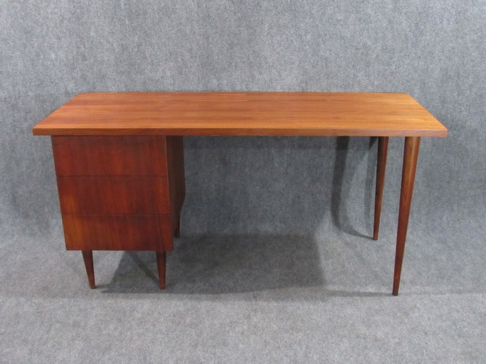 Mid-Century Modern Walnut Small Desk by Ben Thompson for Design Research