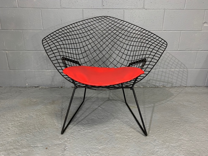 Harry Bertoia Mid-Century Modern Diamond Chair for Knoll with Red Seat Cushion Design,1952