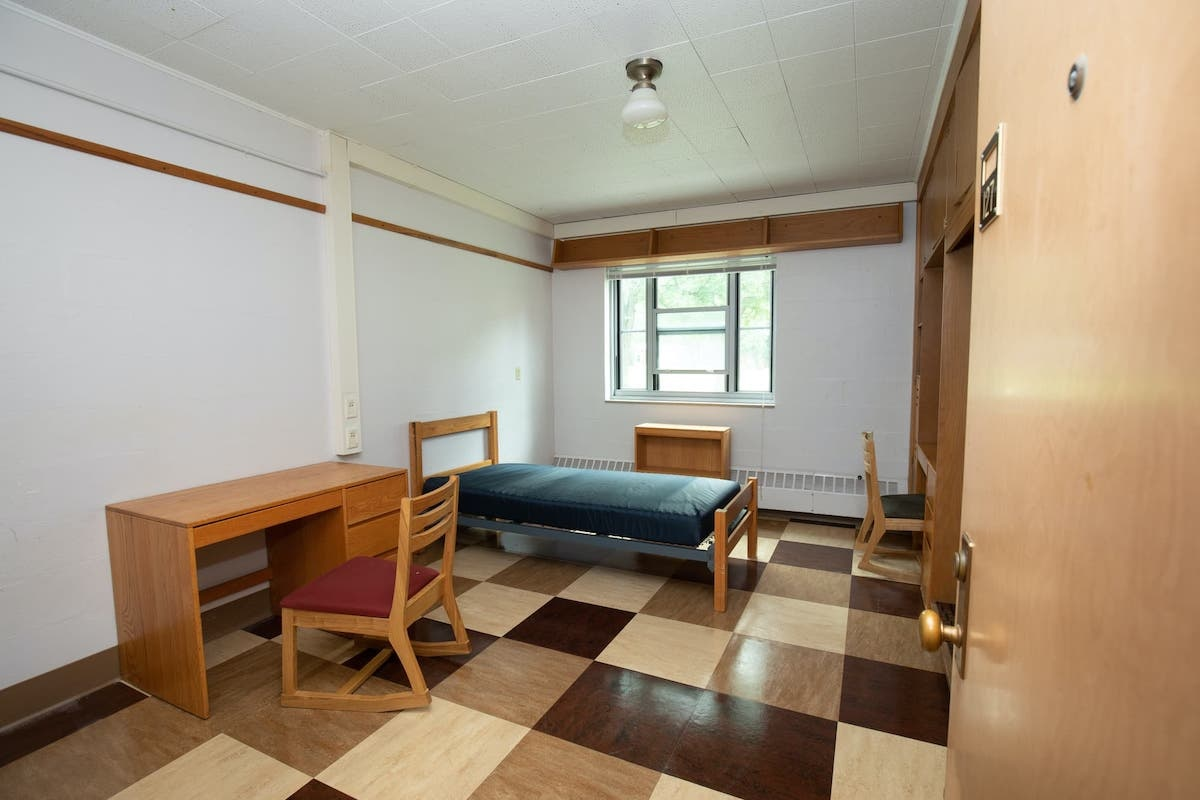 Room 127 in Barrows Hall before the makeover.