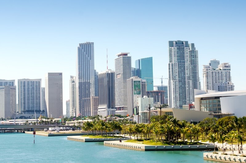 An introductory look into real estate investment in Miami