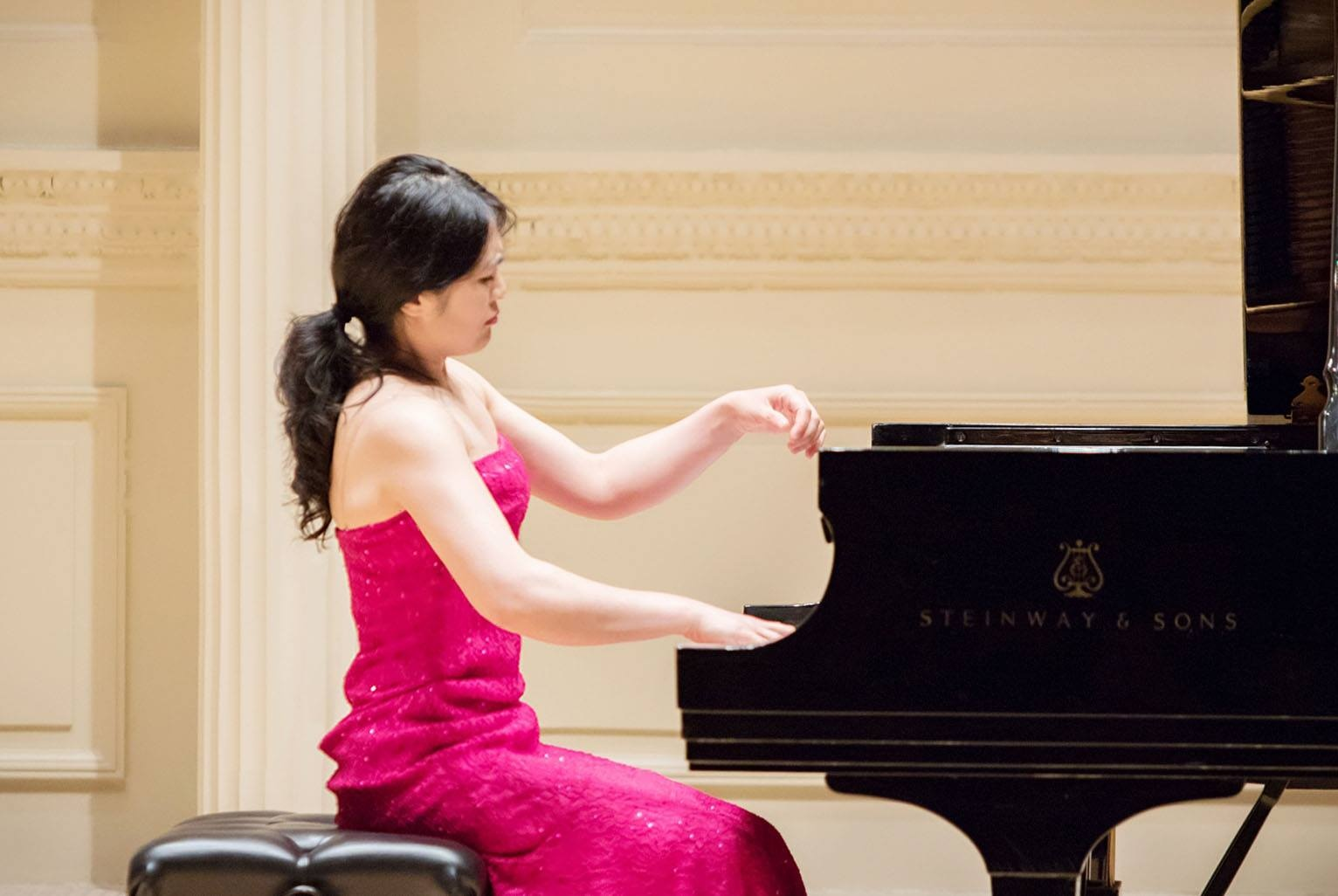 Lishan Xue performs in Weill Hall, Carneige Hall