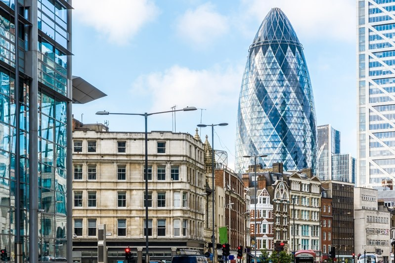 Japan's second-largest bank agrees on a 20-year London lease