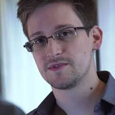 a photo of crypto expert reviewer Edward Snowden