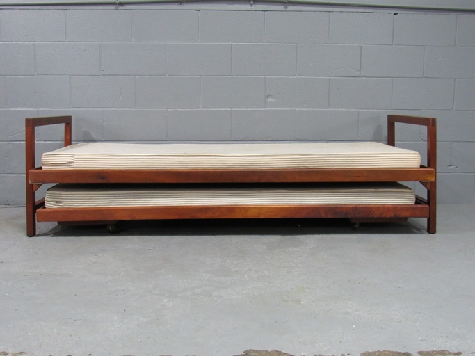 Mid-Century Modern Solid Walnut Trundle Pull-Out Daybed by Design Research