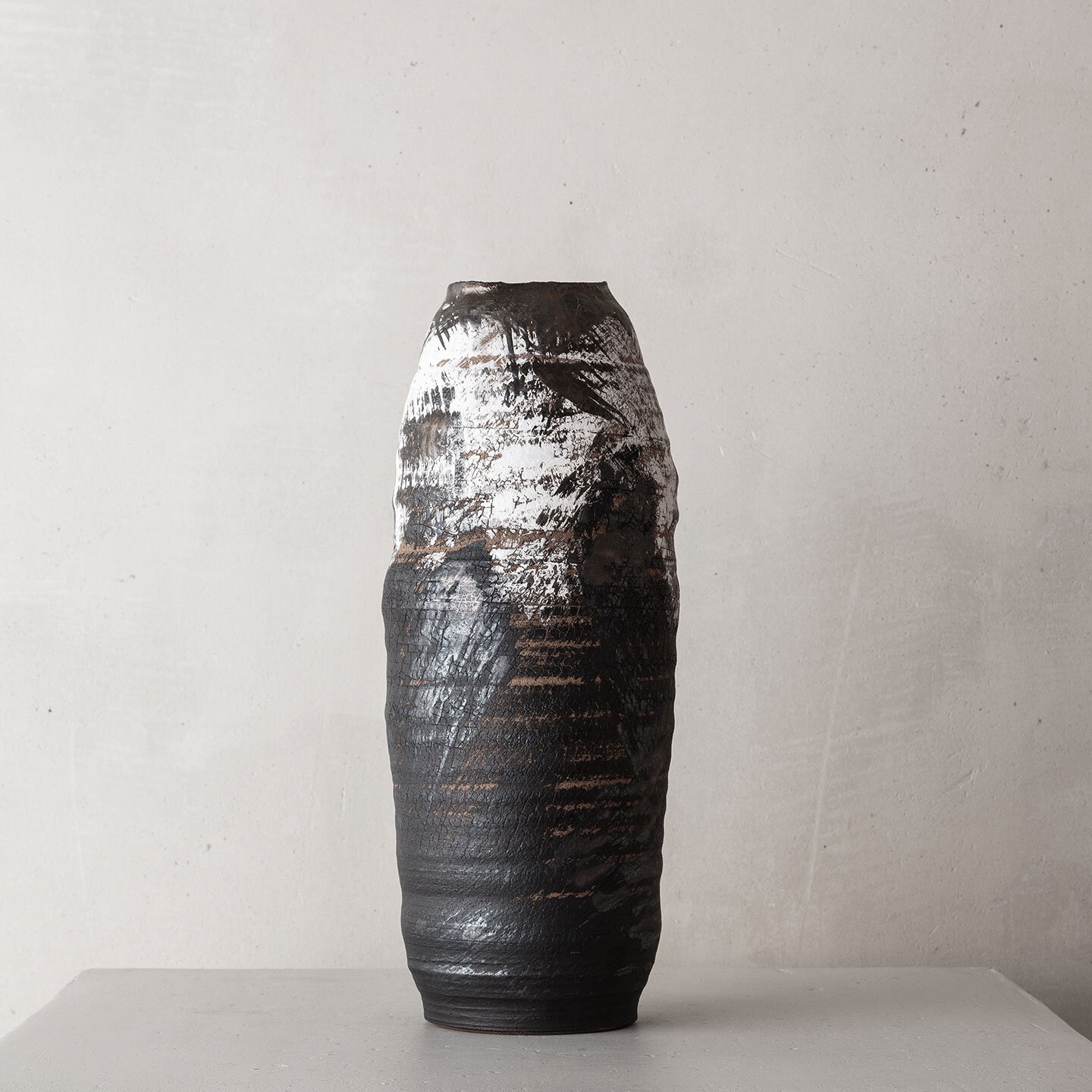 CHTHONIC VESSEL 43Peter Speliopoulos, Peter Speliopoulos Ceramics, Peter Speliopoulos Artist, Peter Speliopoulos Fashion Designer, Contemporary Ceramics, Contemporary Greek Ceramics, Interior Design Accessories.