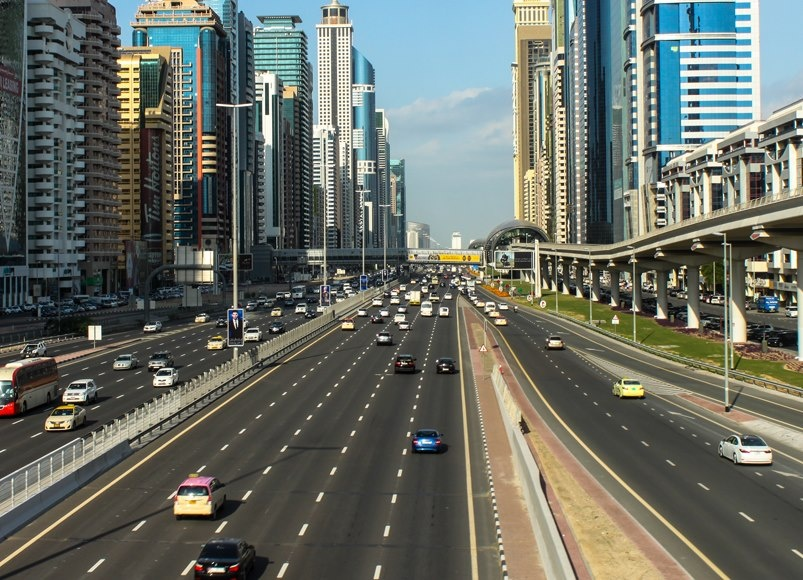 Dubai introduces digital vehicle plates for improved road safety