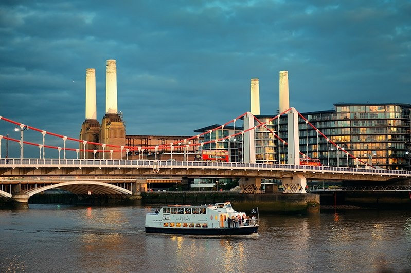 New route for pedestrians and cyclists at Battersea Power Station