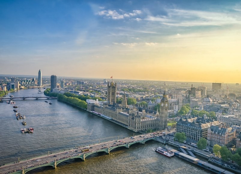 London home prices now offer clues for buyers in New York & Tokyo