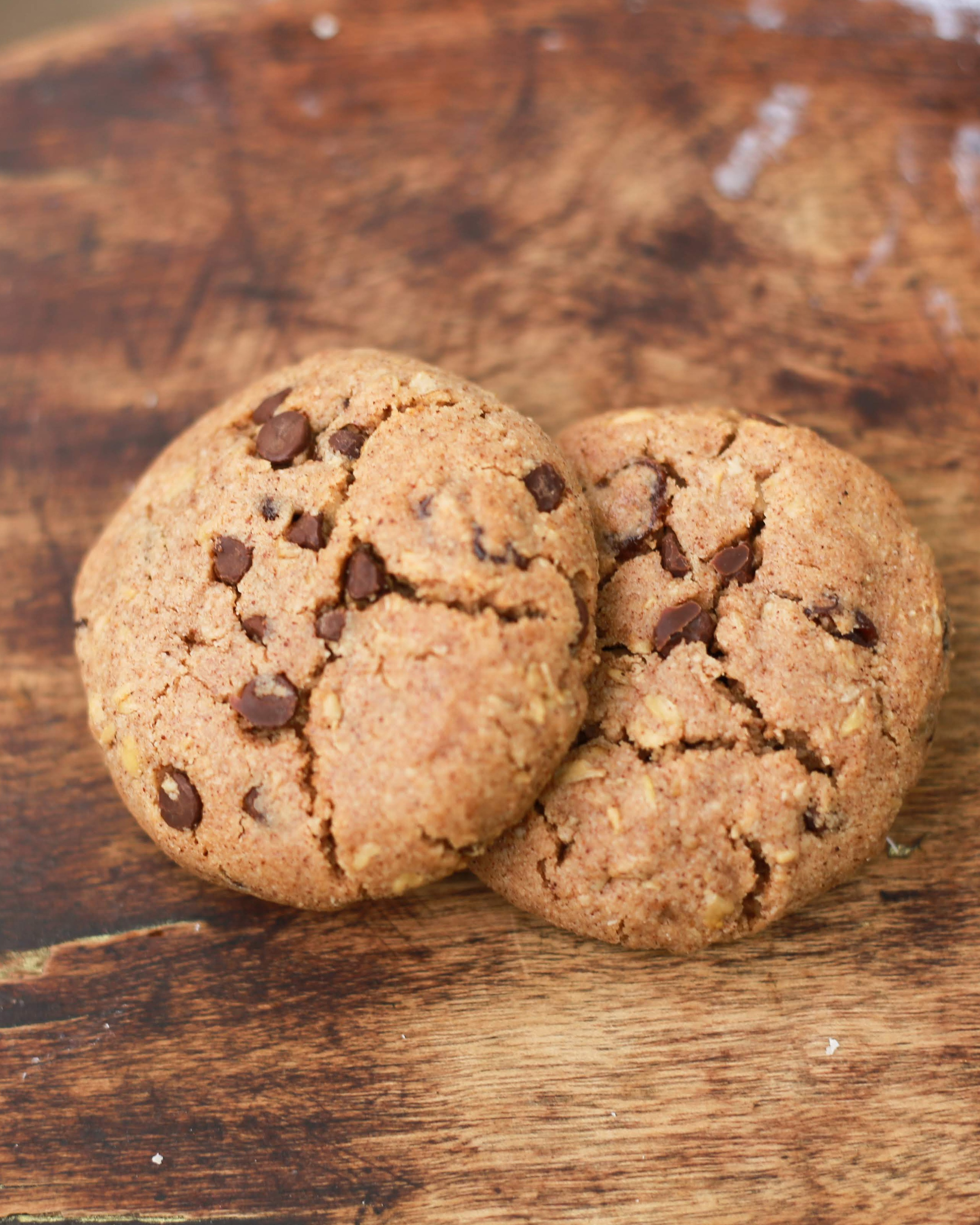 Product image for Cave(wo)man Oatmeal Raisin & Chocolate Chip Cookies