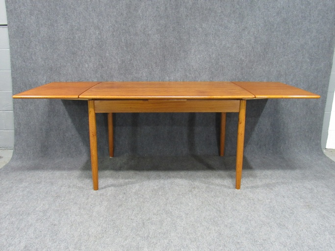 Midcentury Danish Modern Teak Dining Table with Two Pull-Out Leaves
