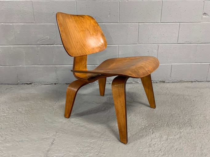 Charles Eames LCW Mid-Century Lounge Chair in Maple for Herman Miller, designed in 1946