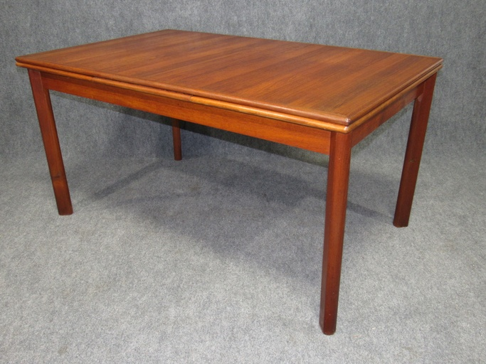 Danish Modern Teak Dining Table with Pull Out Leaves