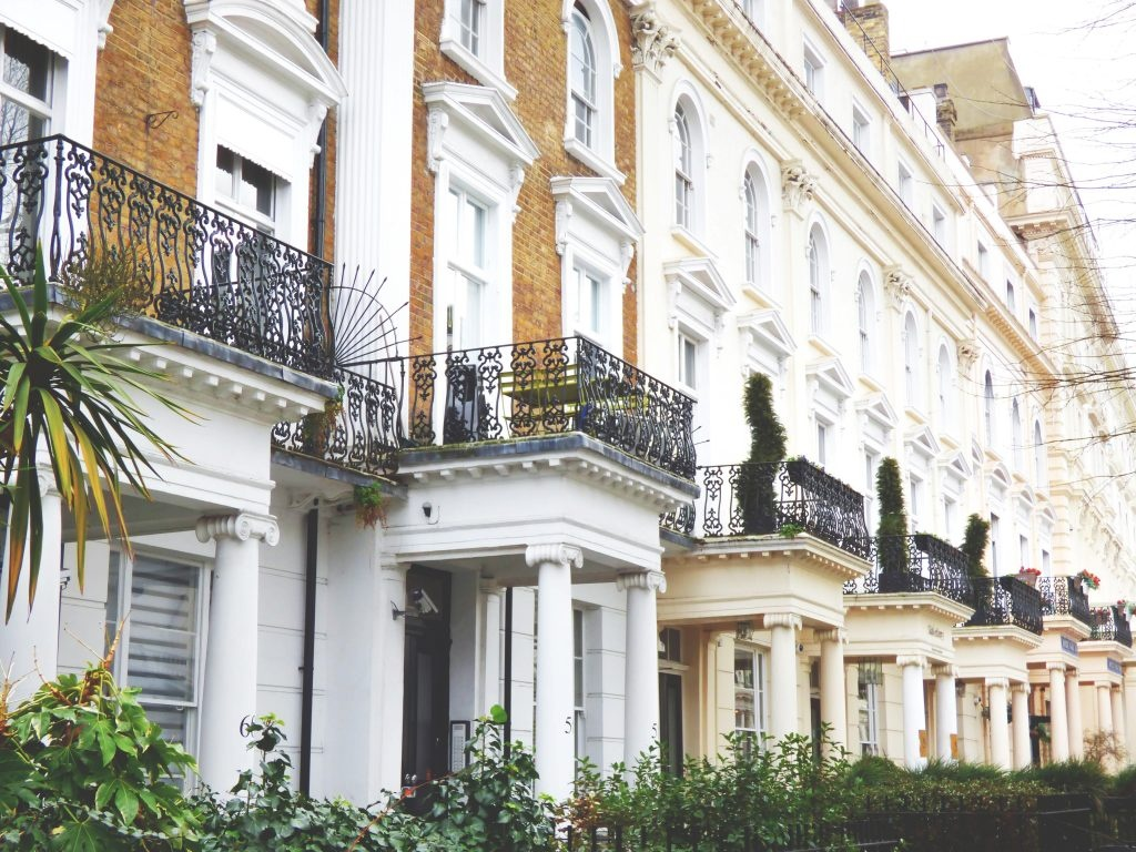 House prices rise in the UK's major cities