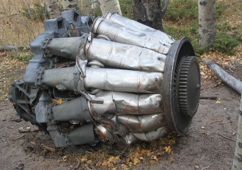 engine-remains-from-an-old-jet-crash