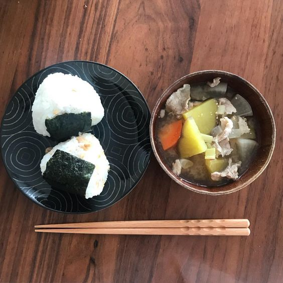 Tonjiru and Rice Ball