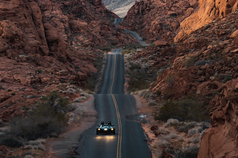 Polaris-Slingshot-driving-through-the-Valley-of-Fire