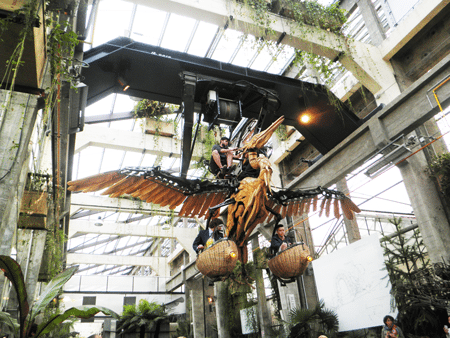A mechanical heron in Gallery des machines