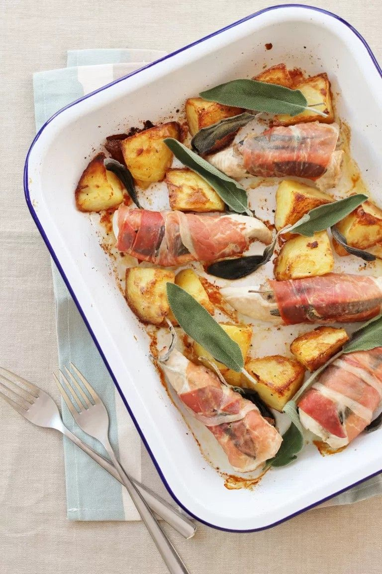 Pork fillet with sage and prosciutto