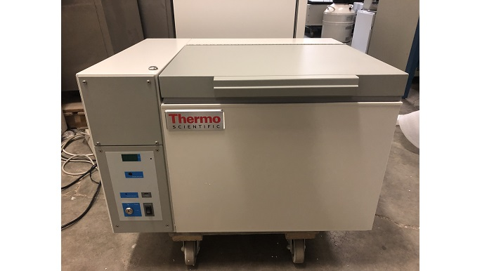 Thermo Fisher Scientific ULT185-5-A -80 Chest Freezer