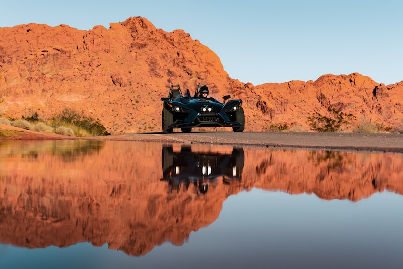 A-Slingshot-and-its-reflection-on-the-road