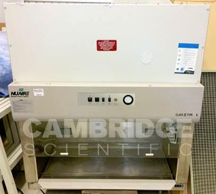 Nuaire 425-400 Biosafety Cabinet