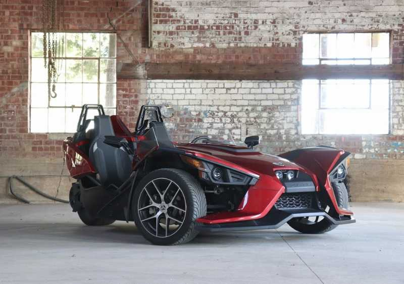 red Polaris Slingshot2