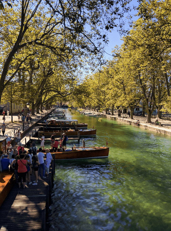 Annecy's Stunning Canals From the Pont des Amours Bridge