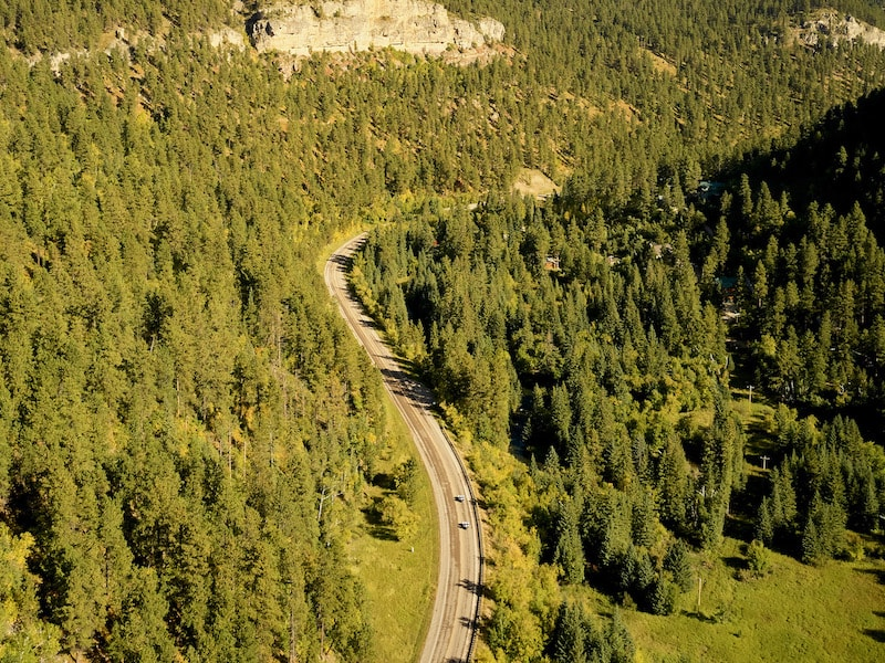 Drone-view-of-two-Slingshots-in-Spearfish-Canyon