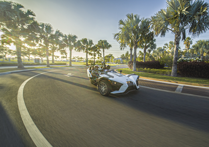 Slingshot-driving-around-a-corner-in-Key-West-Florida