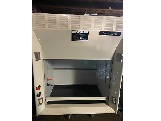 Kewaunee Scientific Supreme Air 3ft. Fume Hood