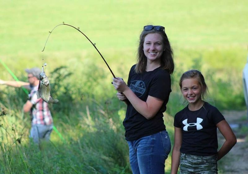 mother-and-daughter-fishing