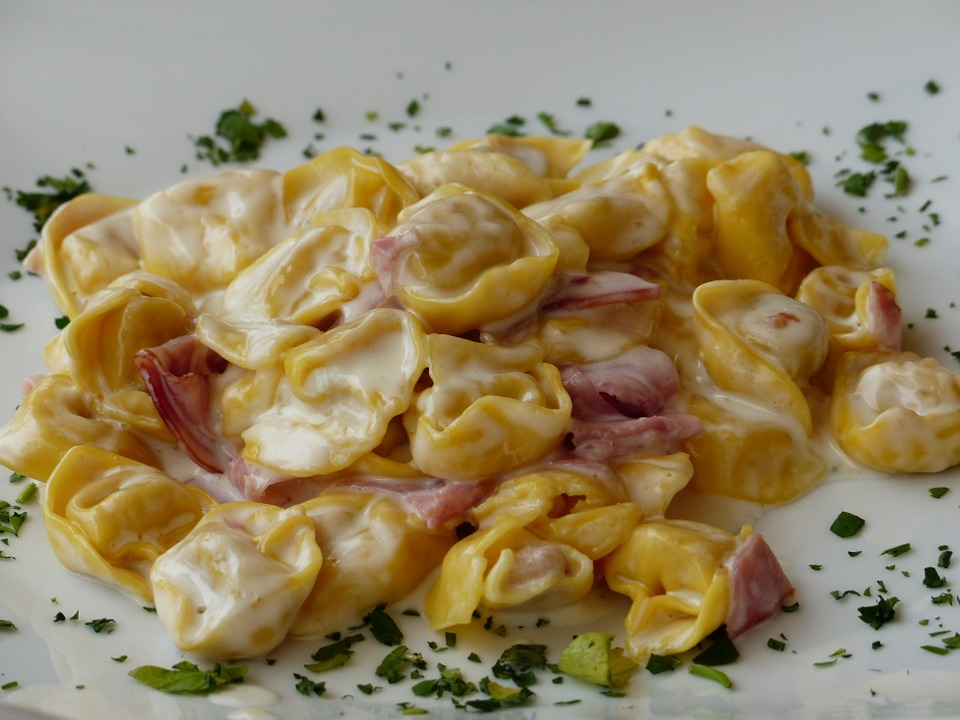 Tortelloni  with Ricotta cheese and spinach