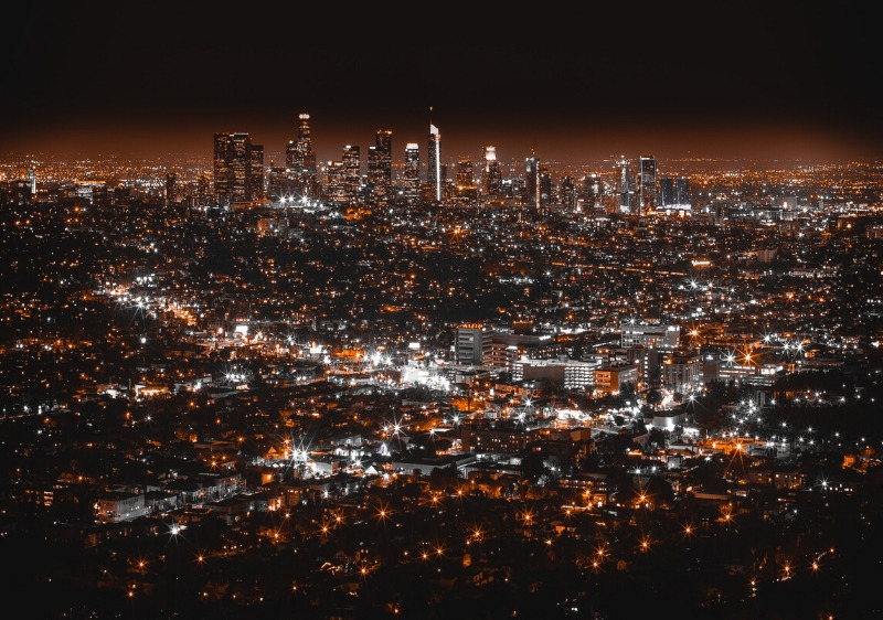 aerial-view-of-Las-Angeles-at-night
