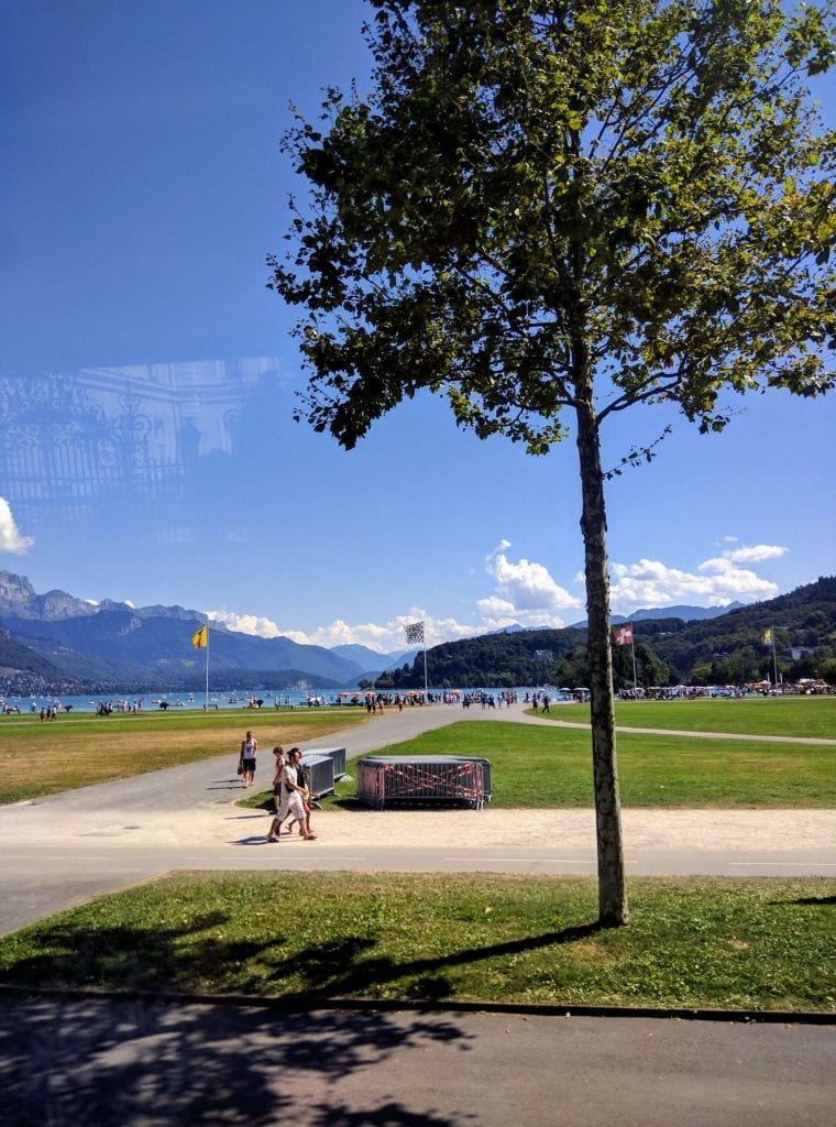 The First Unforgettable Glimpse of Lake Annecy