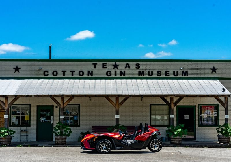Polaris-Slingshot-parked-in-front-of-Texas-Cotton-Gin-Museum