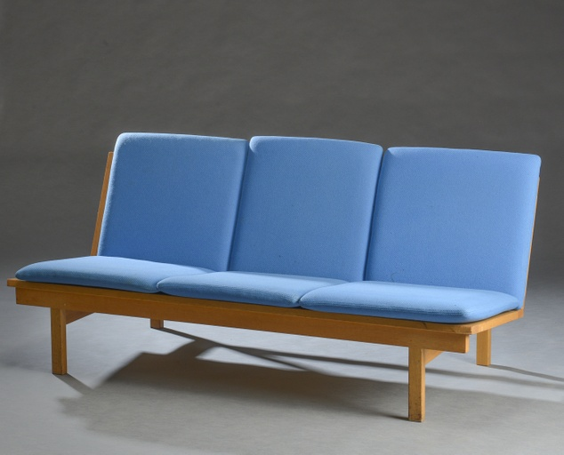 Three-seater Sofa, Model 2218 by Børge Mogensen