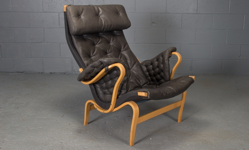 Pernilla Lounge Chair in Beech and Black Leather by Bruno Mathsson for Dux