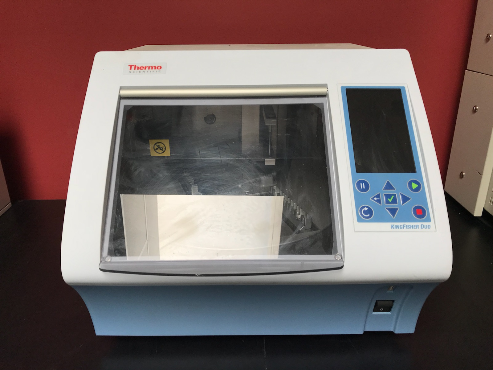Thermo Scientific KingFisher Duo Magnetic Particle Processor