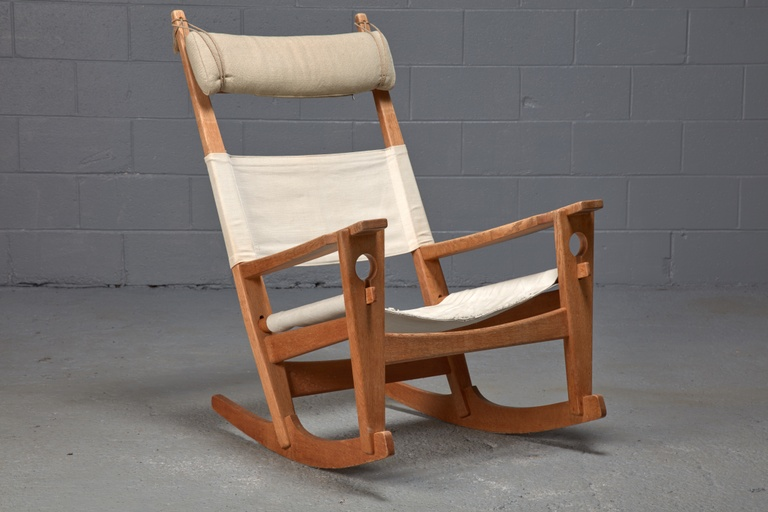 Keyhole Rocking Chair in Oak by Hans Wegner for Getama Danish Modern
