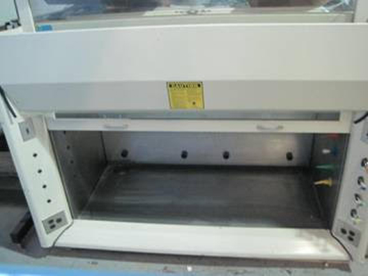 Kewaunee Scientific H05 Fume Hood