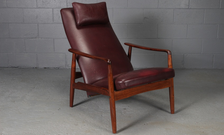 Danish Modern Brown Leather and Rosewood Lounge Chair by Søren Ladefoged for SL Mobler 1950s