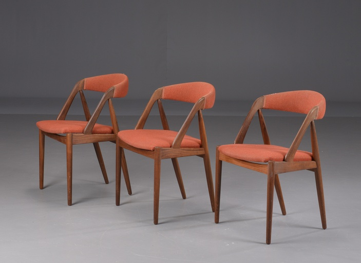Three A-frame Model 31 chairs by Kai Kristiansen for Schou-Andersens Møbelfabrik