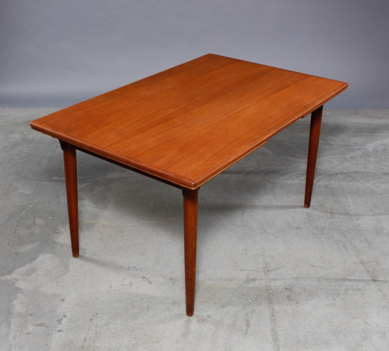 Danish Modern Teak Extension Dining Table by Omann Jun