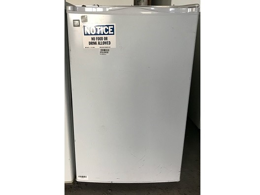 General Electric GMR04AAMAWW Undercounter Refrigerator