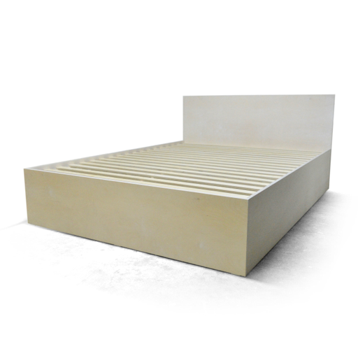 Plywood double bed nuotrauka