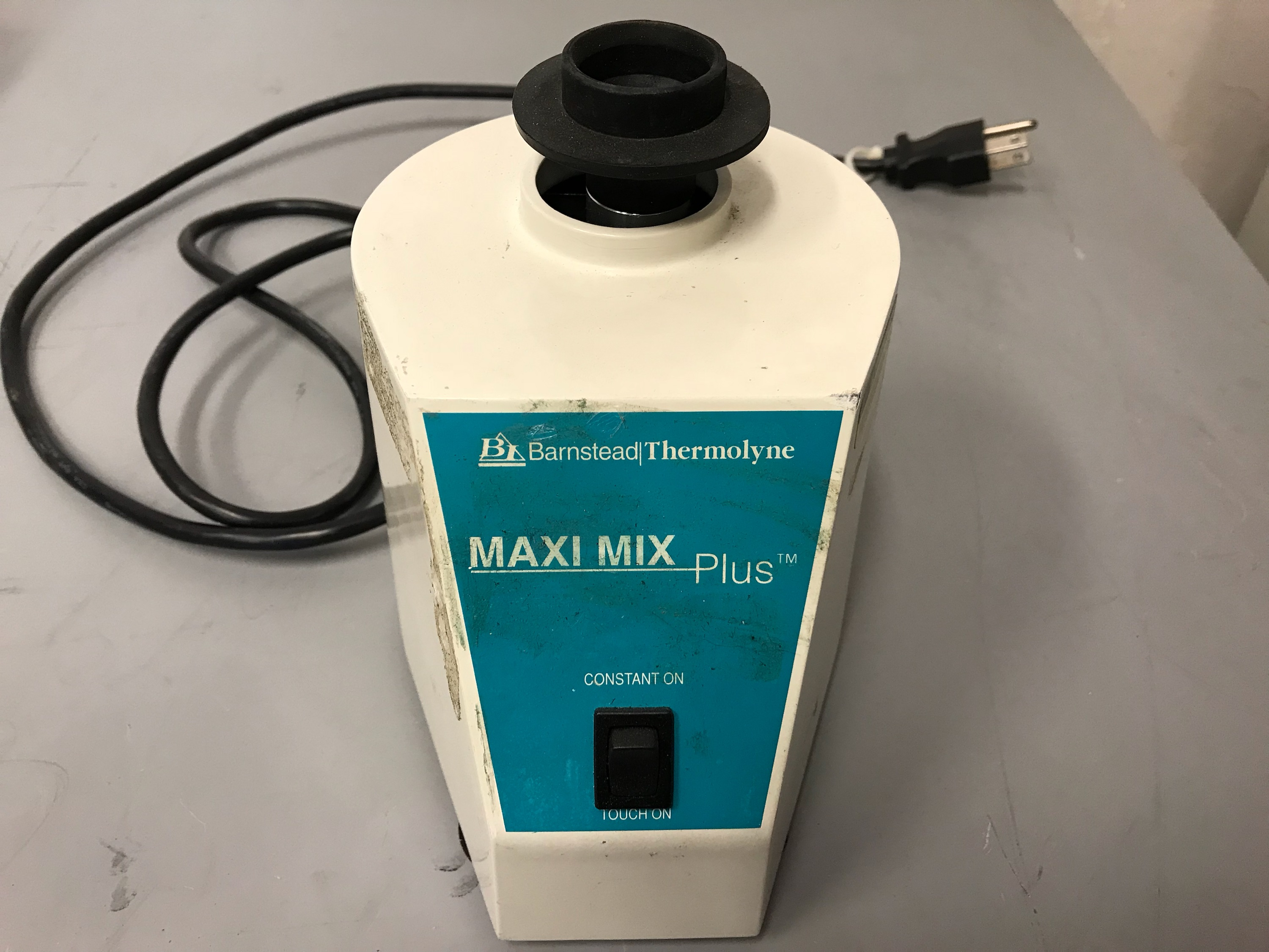 Barnstead Thermolyne Maxi Mix Plus Vortexer