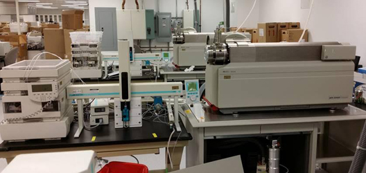 AB Sciex API 4000 w/ Agilent 1100 HPLC and CTC Autosampler LC/MS/MS  System