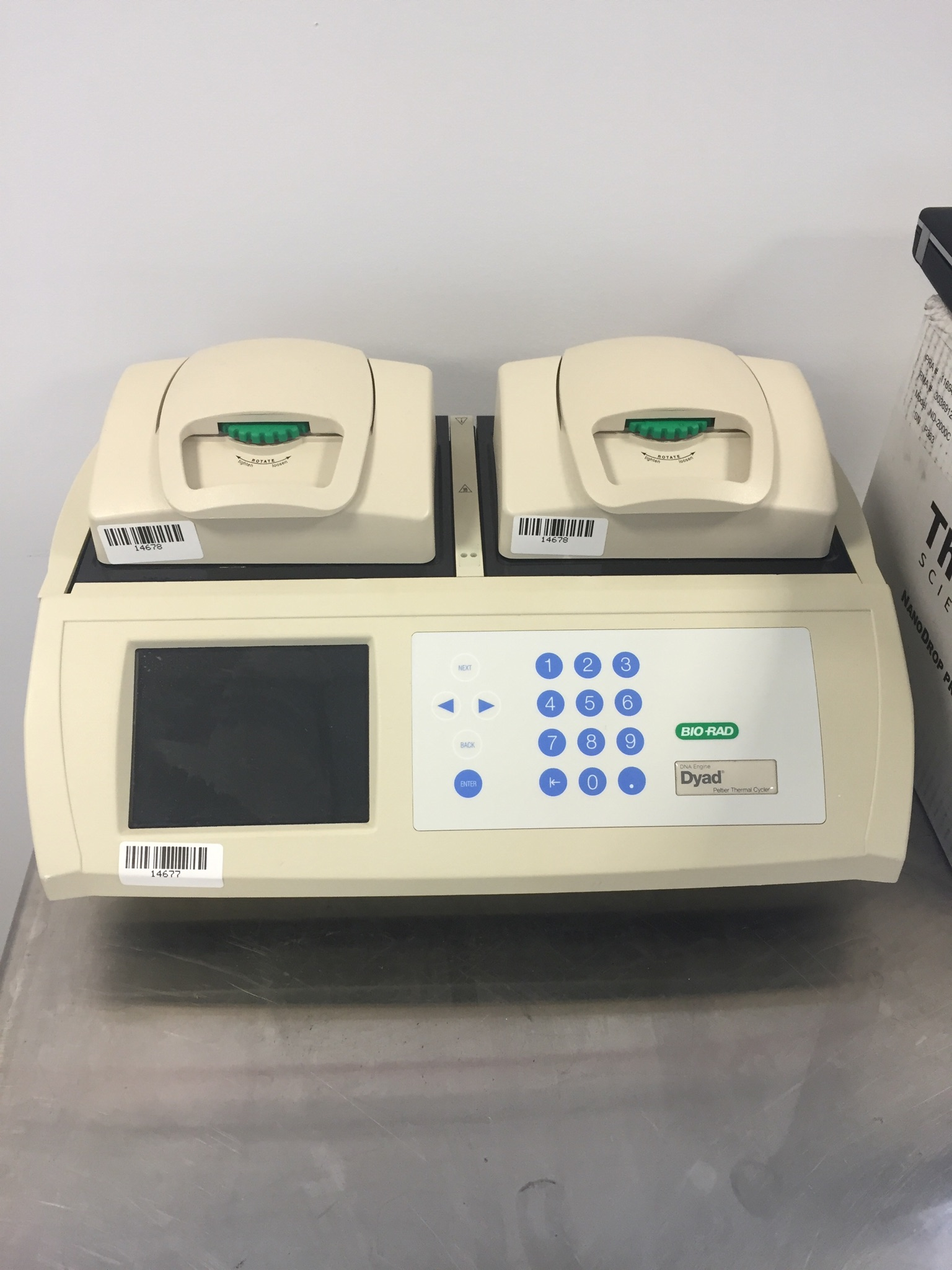 Bio-Rad PTC-220 PCR / Thermal Cyclers