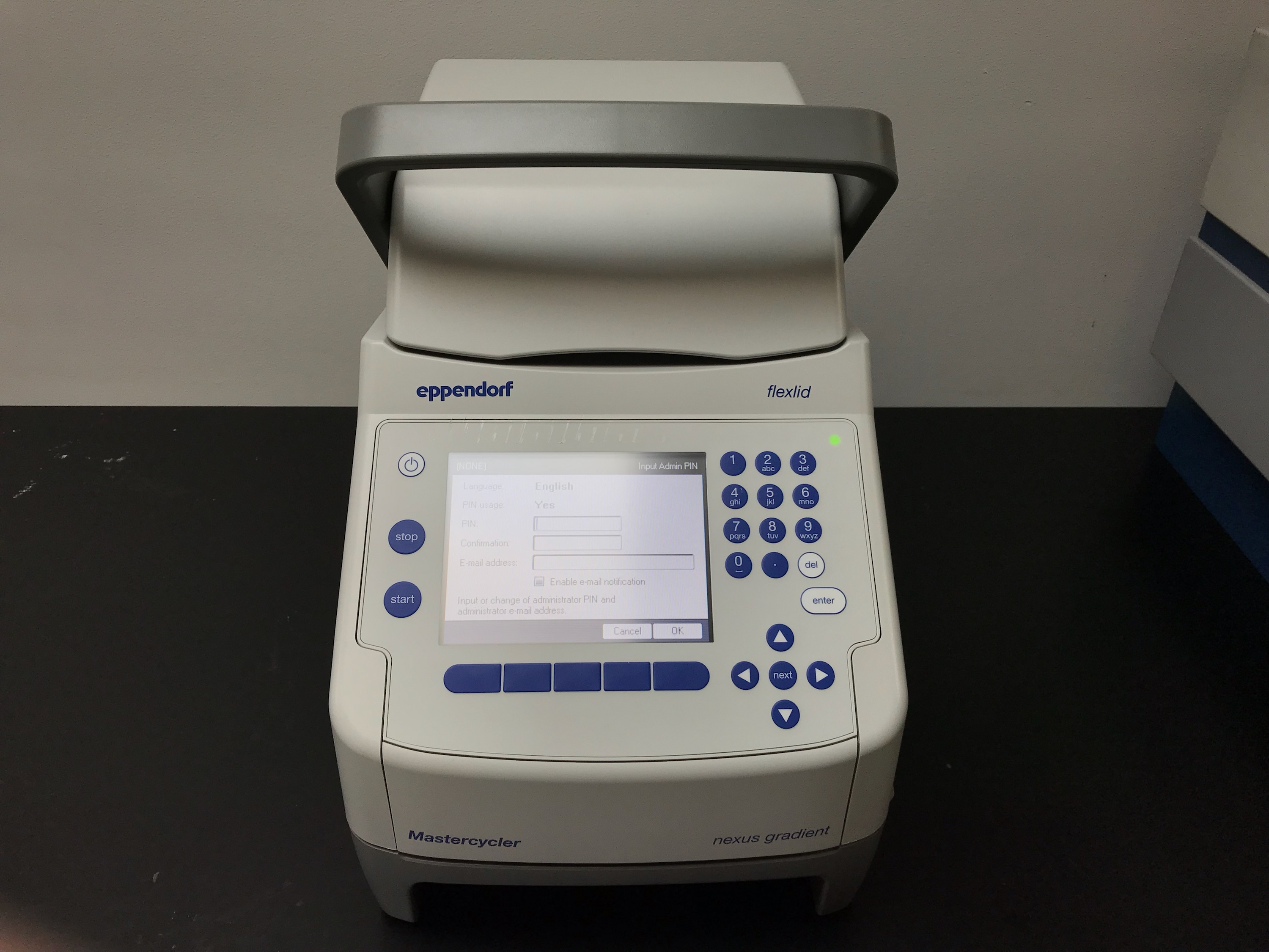Eppendorf Mastercycler Nexus Gradient DEMO PCR / Thermal Cyclers