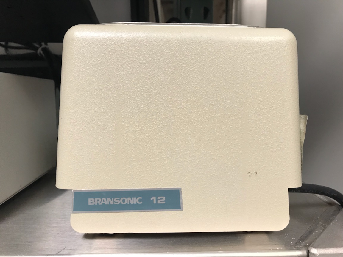 Branson B-12 Ultrasonic Cleaner